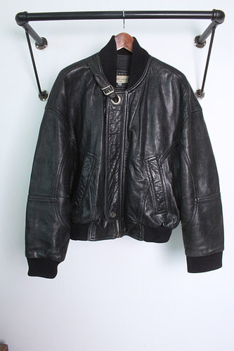 "DIRK BIKKEMBERGS HOMME  (L) made in ITALY ""Leather"""