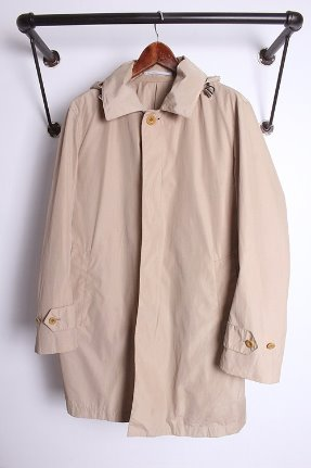 "TOMORROWLAND (L) ""+ Rain coat"""