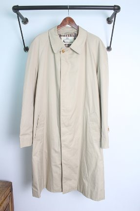 "Aquascutum  (XL) ""made in ENGLAND"""