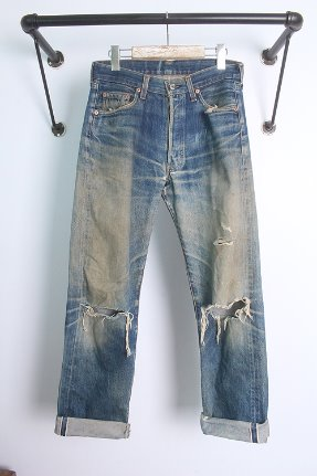 "LEVI'S 501 (29~30)  made in USA. BIG ""E"" selvage"
