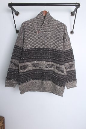 "Snowy Peak (M) MADE IN New Zealand ""PURE WOOL"""