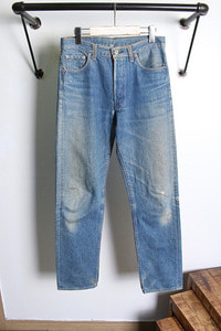 Levi's (29~30) made in USA